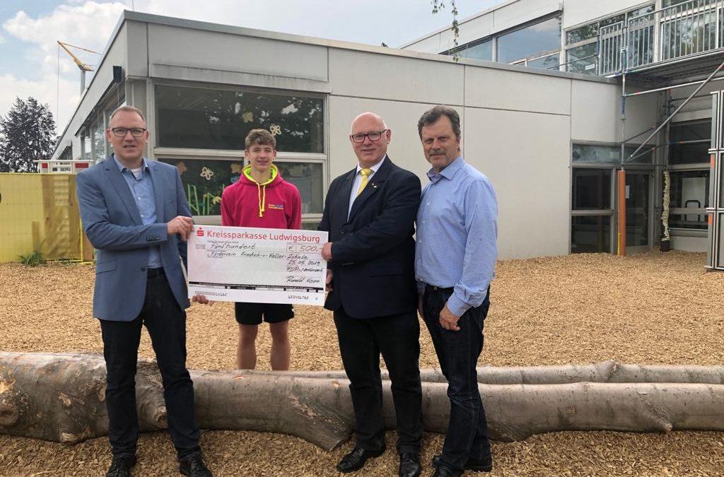 500 Euro für Förderverein der Fr.-v.-Keller-Schule